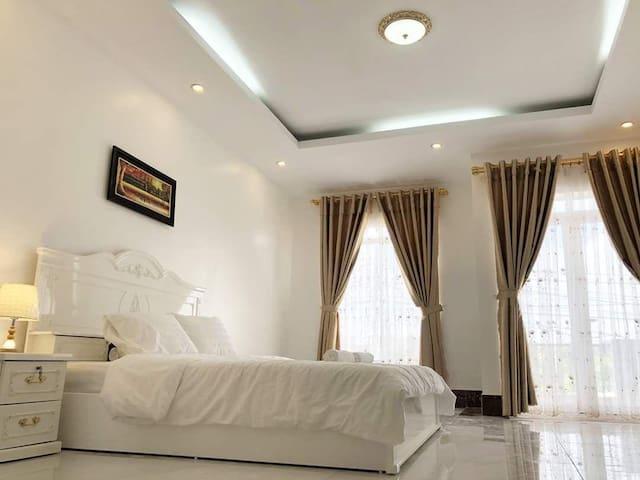 Private room at Villa TongHai, 3 Bedrooms 6 Guests