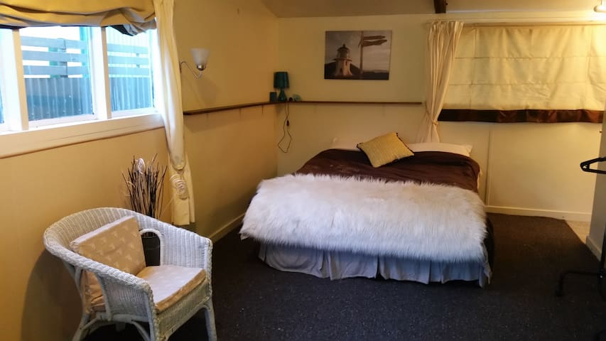Afordable Cosy Studio - Sheffield - Kisház