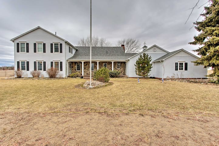 20-Acre Lake Huron Home w/Pvt Pond, Hot Tub + More