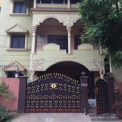 Luxurious and Spacious Chennai Home