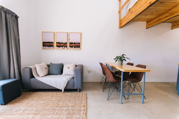 The Gray Loft Apartment