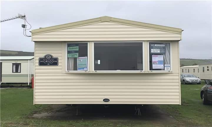 Great 8 berth caravan for hire at Southview Holiday park Skegness ref 33015S