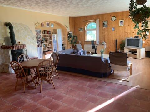 Érd - Csendes, kényelmes családi ház