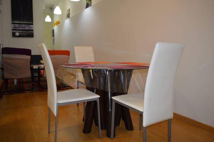Bel appartement proche de la plage et de Barcelone - Badalona