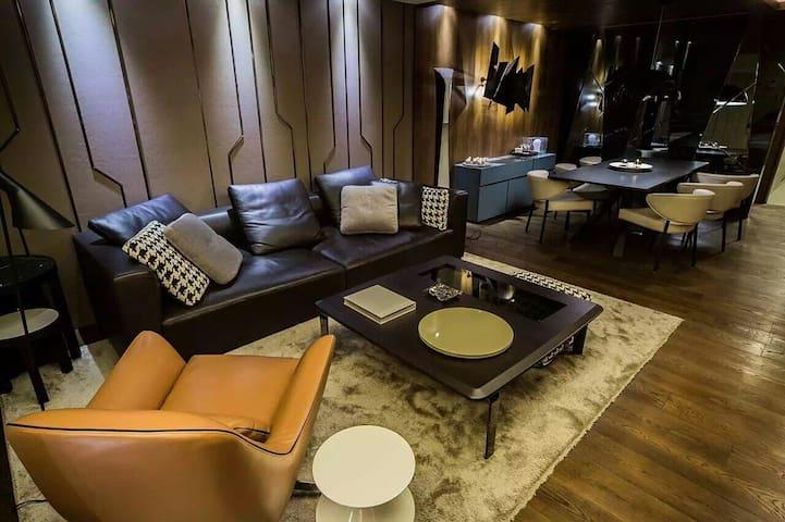 住進臺北最時尚的公寓房間(一個大客房)