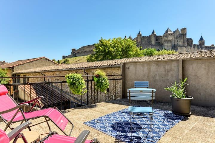 T1 avec Terrasse sur la Cité, garage privé.