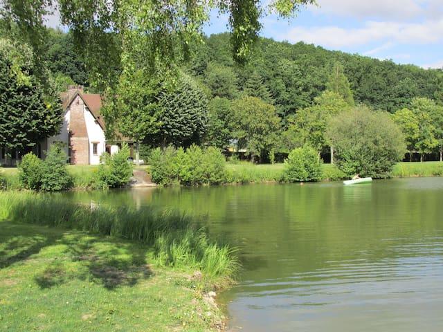 Maison de l'étang - Grosley-sur-Risle - Nature lodge
