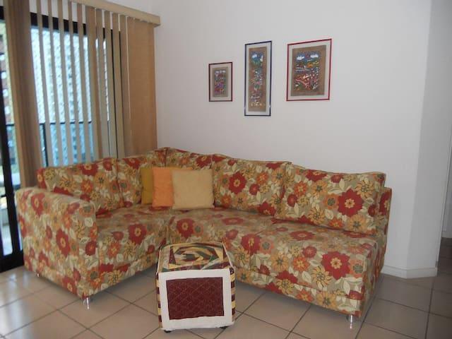 Ap Flat 2 Dorm 100m da praia Pitangueiras-Guarujá - São Paulo - Mobilyalı daire