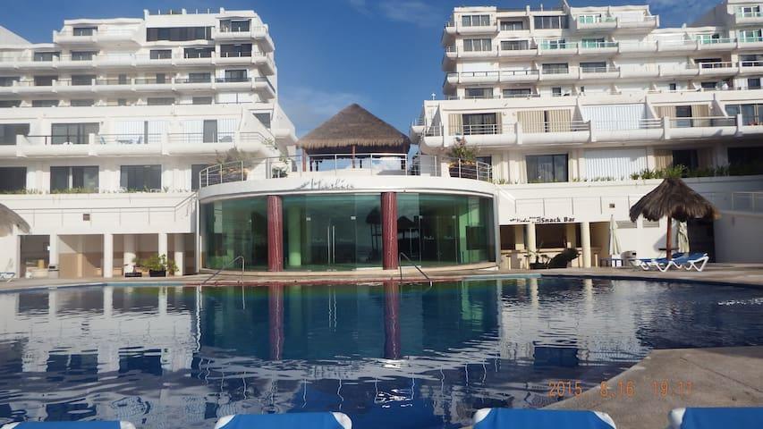 Carlos beautiful studio in Cancun in best location - 칸쿤 - 아파트