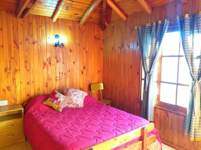 Cabaña Trayken El Hoyo.