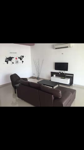ThE HouSe inn 6 bedroom - Tanjung Bungah - Casa