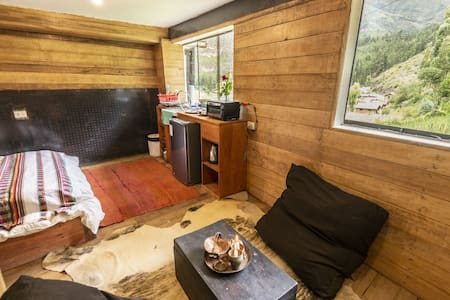 Wolf Totem Industrial Chic Cabin- Private Bathroom