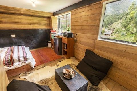 Wolf Totem Industrial Chic Cabin- Eigen badkamer