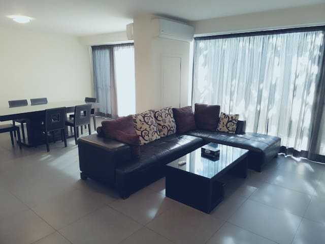 Comfortable Duplex in Siwar Center