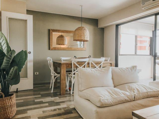 Playa Brava—Apartamento en primera línea