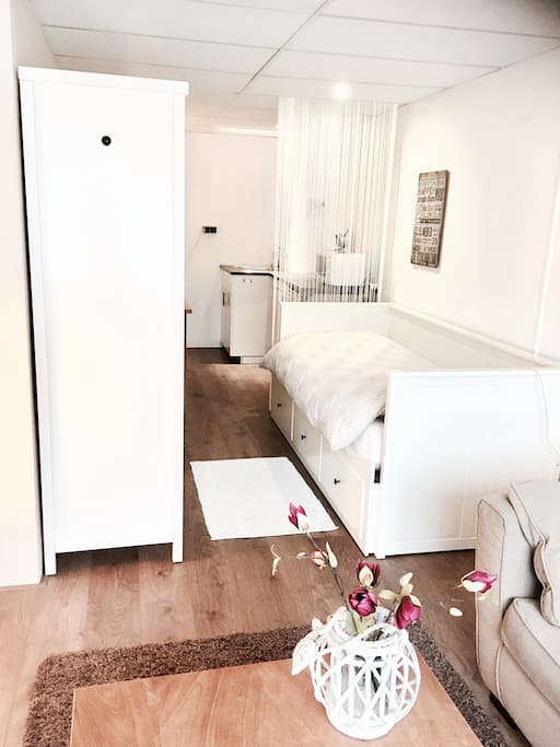 Belle chambre confortable de 20 m2 maisons de ville for Chambre 9 m2 minimum