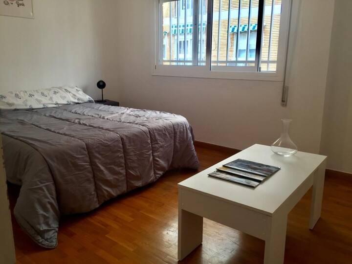 Habitación privada en Avenida Reyna Victoria
