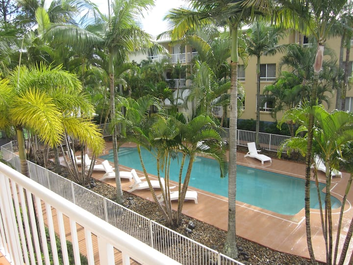 Apartment 2 Bed 2 Bath Central  Surfers Paradise