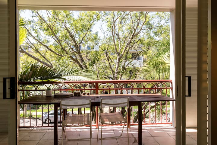 Leafy loft in the heart of New Farm - New Farm - Apartamento