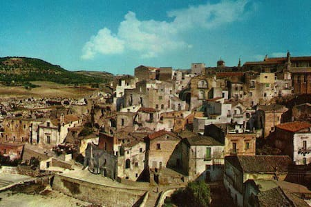 Global trotters for art, culture and food - Gravina in Puglia