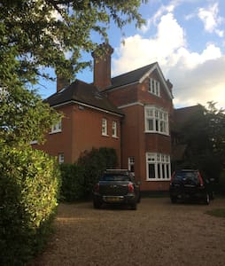 Bright, spacious third floor of Victorian House - Groombridge - Andere