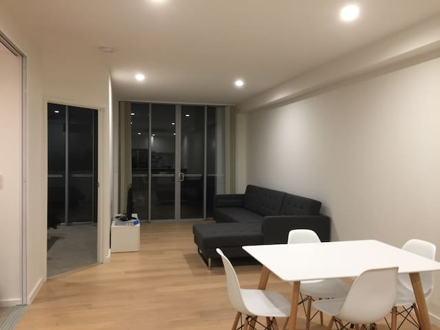 Ashfield best location apartment with FREE parking - Ashfield - Appartamento