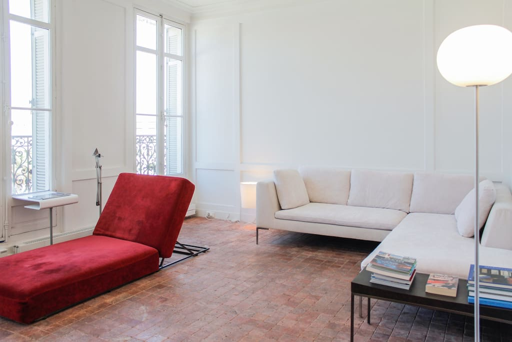Séjour. Living room.