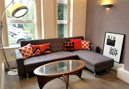 Stylish flat in Period House Urmston Manchester