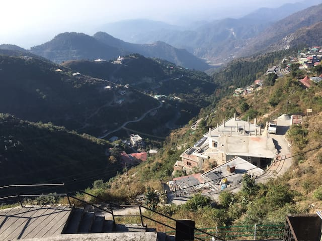 Apartment @ Mussoorie with excellent view