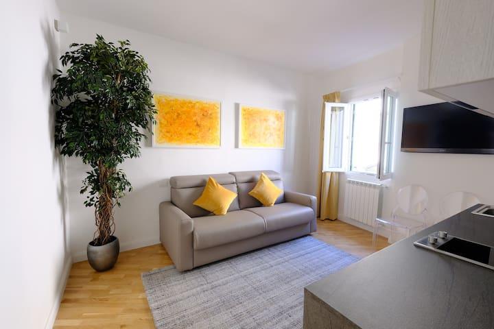 BRAND NEW Flat in Santa Maria Novella, Mimì Suite