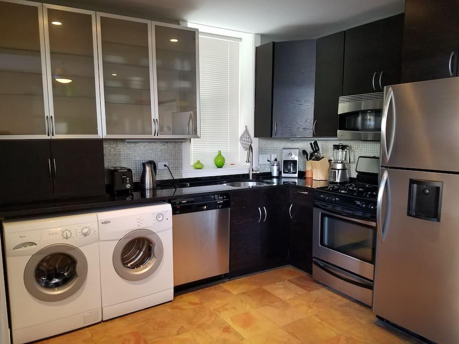 Fully equipped kitchen, Washer/Dryer, dishwasher