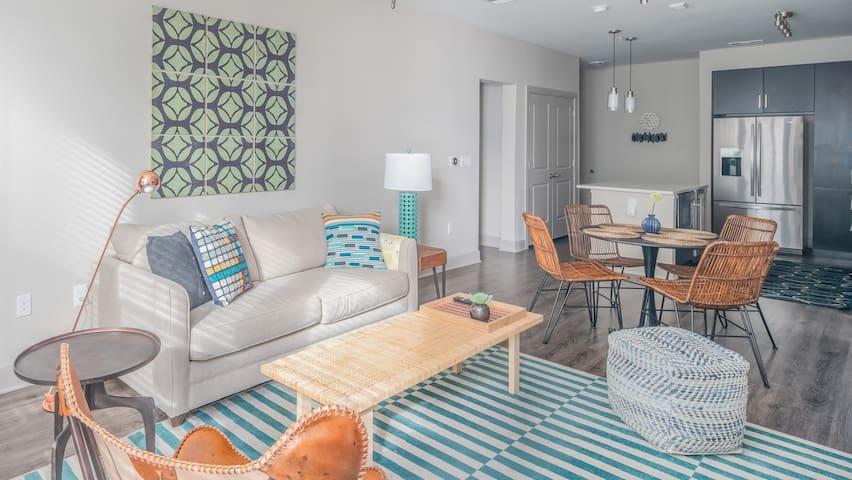 Luxury 2BR | North Scottsdale #1115 by WanderJaunt