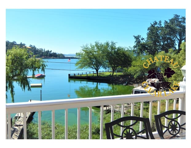 Chateau Clear Lake- Stunning Lakefront Home