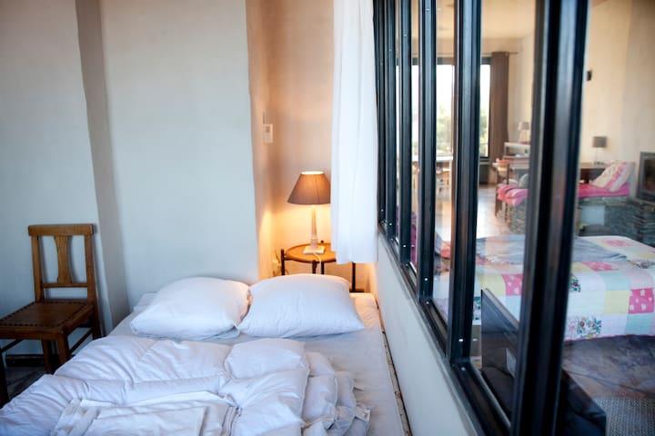 Chambre 1, 1 lit double.
