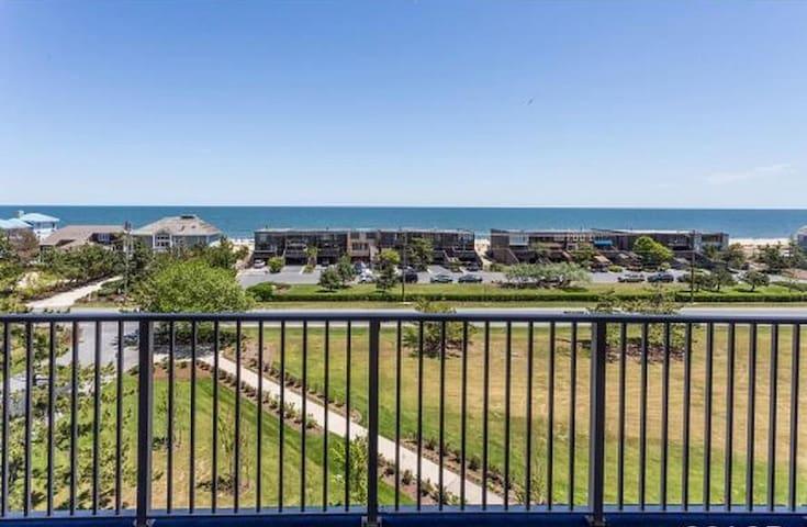 Ocean View Condo North Shores Area