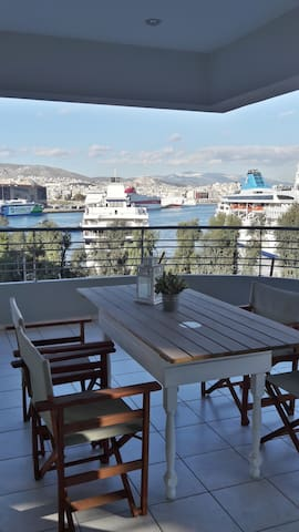 unobstructed port view