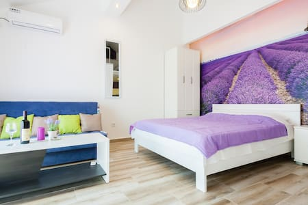 "Apartment ""Lavender"" Zmukic - Bijela"