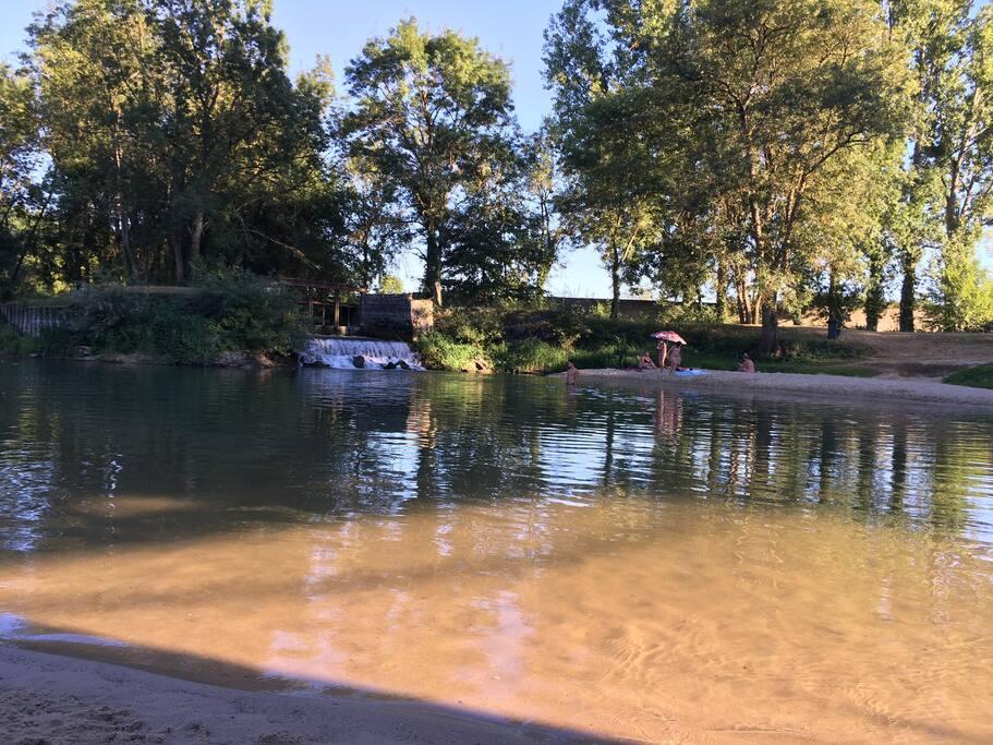 Coin baignade à 5 kilomètres en amont SUPER SPOT !!!