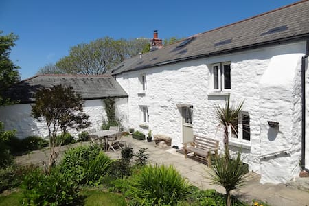 Miner's cottage in the heart of Cornwall