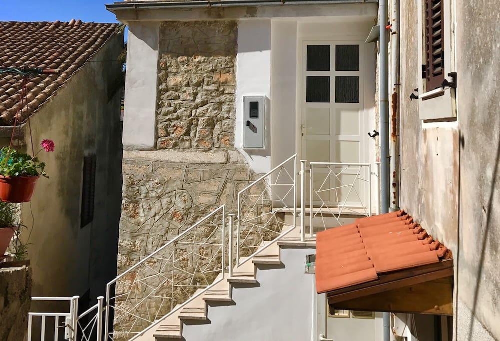 Entrance to Castello Paradiso