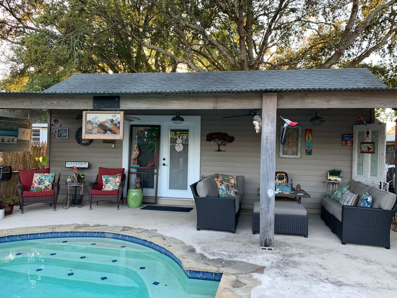 The Bayou Pool House Guest Cottage