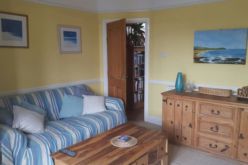 Newly decorated lounge with views of the harbour and Newlyn village.