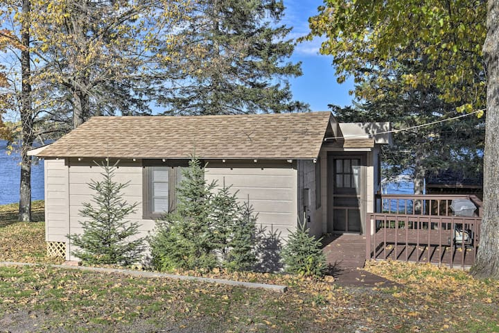 NEW! Cozy Cabin w/ Deck & Pvt Dock on Nelson Lake!