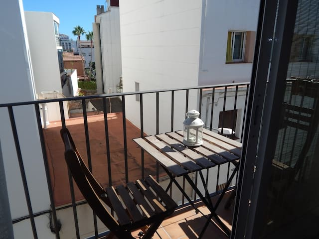 Close to the center. Wifi - Sitges - Leilighet