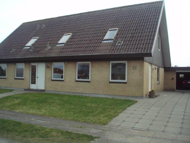Værelse i delt lejlighed i Sæby (2 ud af 3) - Sæby - Departamento