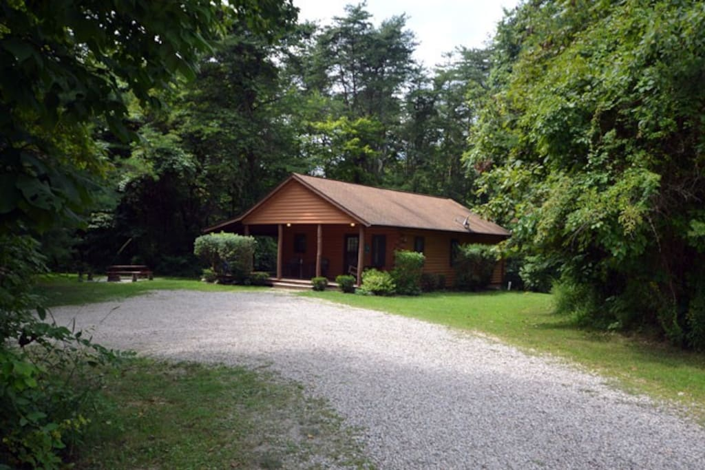 cedar grove lodging pine grove cabin cabins for rent in On cabins in the pines logan oh