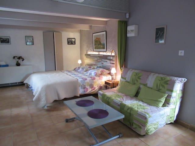 Ceyreste - La Ciotat ( studio 35 m²)
