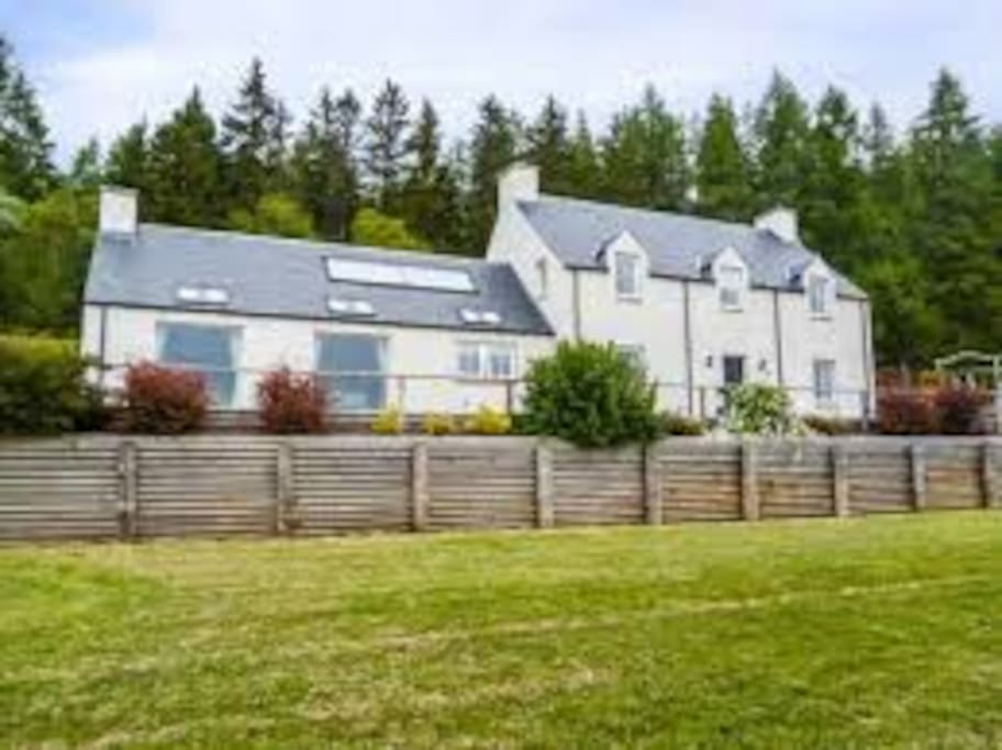Superior Highland Cottage on North Coast 500 Route