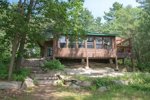 CARIBOU RUN - Log Cabin Sleeps 16 - 2300 square ft