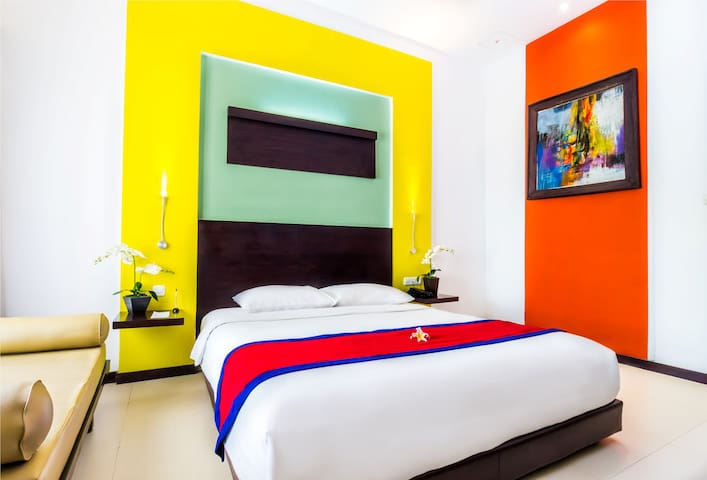 Cozy Deluxe Room Nearing Kuta Beach - Room Only